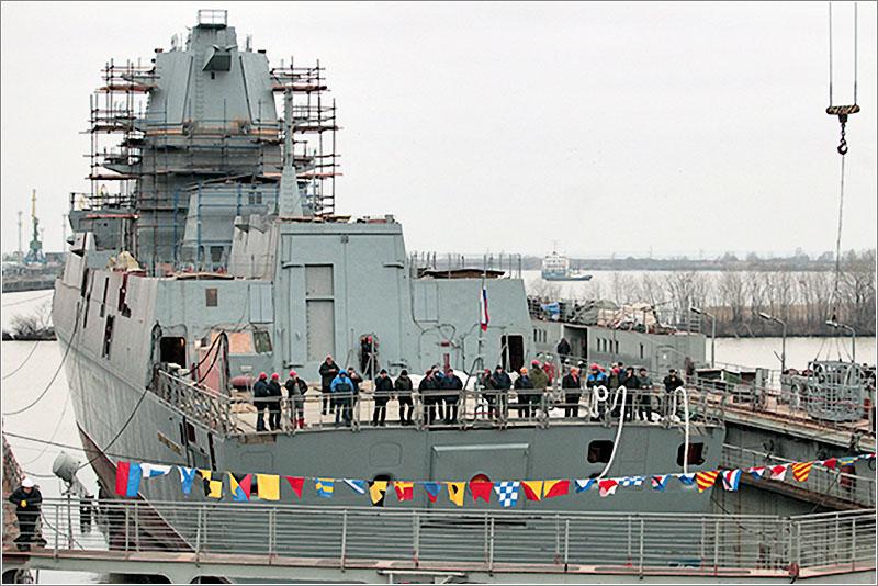 Спущен на воду первый серийный корабль проекта 22350 «Адмирал Флота Касатонов»