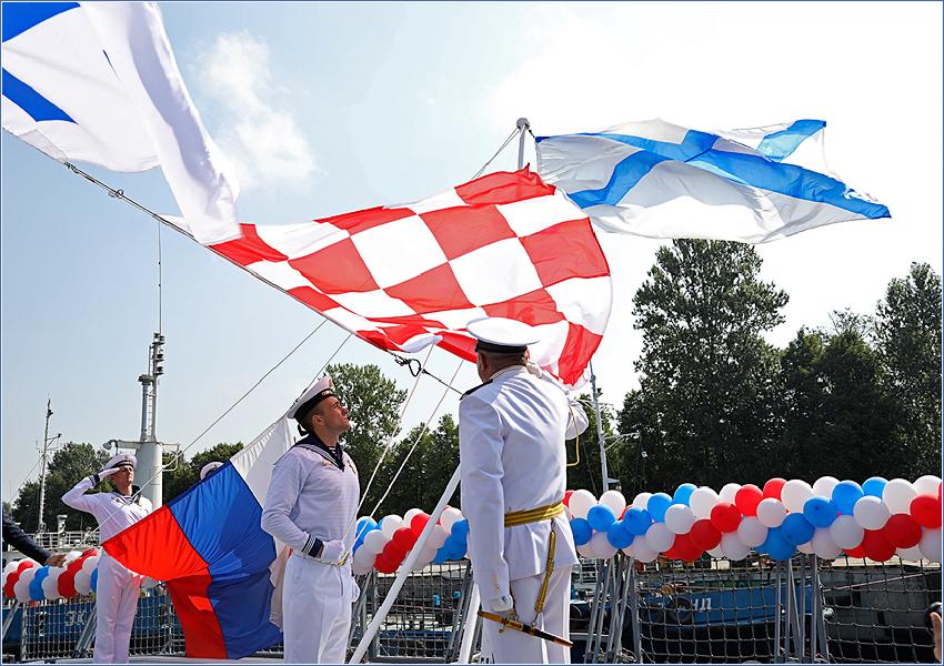 Сегодня на Северной верфи поднят флаг на корабле «Адмирал флота Советского Союза Горшков» проекта 22350