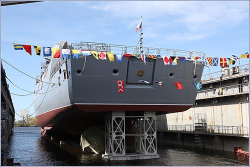 На «Северной верфи» состоялась церемония спуска на воду фрегата «Адмирал Головко» проекта 22350